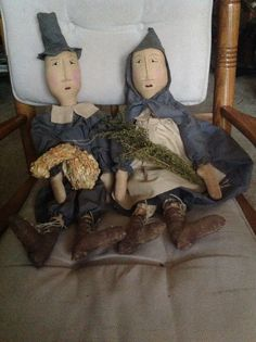 Primitive Pilgrim Couple by TheOldeCrowsTreasure on Etsy