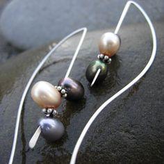 PEARL FROLIC Argentium Sterling Silver Hoop Earring by JeweLyrie-