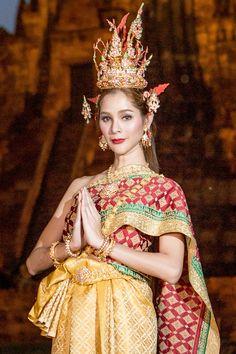 Thunyatorn Thai dress nyc www.thunyatorn.com