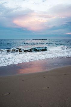 Coogee Beach, Sydney © Natasha Calhoun via Beautifully, Suddenly.