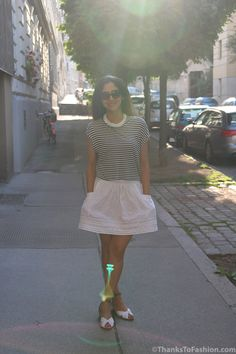 #monochrome #white #skirt #diy #sewing #cropped #strips www.thankstofashion.com