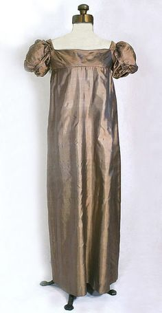 Silk dress, c.1805-10. from the Vintage Textile archives.