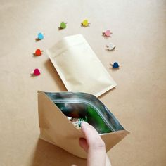 Wedding Gift Bags, Wedding Candy, Paper Gifts, Paper Bags, Cheap Gift Bags, Candy Packaging, Kraft Bag, Bag Display, Brown Flats