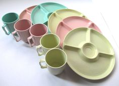 Vintage Melamine Plates and Cups, Retro Melmac Picnic Set.