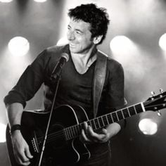 Patrick Bruel - Algerian-born French singer, actor and professional poker player of Jewish descent. Good Music, My Music, Bae, Le Concert, Senior Girls, I Saw, Listening To Music, Jukebox, Handsome