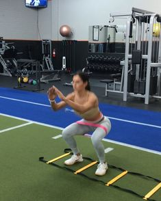 Ladder Work Add any of these to your workout for a 🍑 burn or a HIIT Set! You can also complete this has a fun cardio workout! Hiit, Fit Board Workouts, Gym Workouts, Agility Ladder Drills, Agility Workouts, Ladder Workout, Alexia Clark, Cardio Training, High Intensity Workout