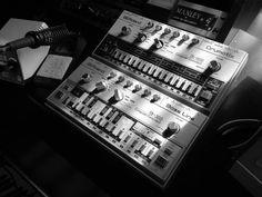Roland tb-303, tr-606