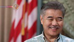 Governador do Havaí disse que a visita de Abe é um símbolo de esperança. O governador do Havaí expressou a esperança de laços mais profundos com o Japão...