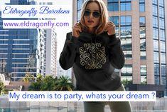 Street Fashion, Barcelona, Street Style, Type, Hoodies, Search, Fashion Design, Urban Fashion, Sweatshirts