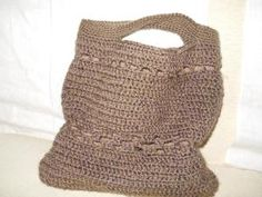 Hand-made bags made in wool or cotton thread