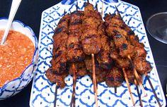 Malaysian Beef Satay with Peanut Sauce Beef Satay, Peanut Sauce, Tandoori Chicken, Mustard, Nom Nom, Asian, Dishes, Cooking, Ethnic Recipes
