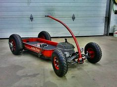 Cool little wagon... I have always wanted to make a go kart out a red wagon and there it is, awesome!