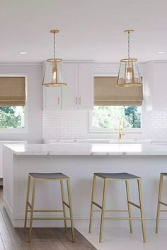 Browse interior decorating ideas on Havenly. Find inspiration and discover beautiful interiors designed by Havenly's talented online interior designers. Beautiful Interior Design, Beautiful Interiors, Dining Room Design, Kitchen Design, Interior Decorating, Decorating Ideas, Contemporary, Modern, Bar Stools
