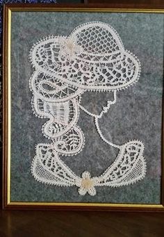 This painting was handmade pillow with cotton. This is a drawing made by me, I'm not exactly an artist but I like drawing and knit pillow Bobbin Lace Patterns, Crochet Patterns, Lace Art, Knit Pillow, Point Lace, Parchment Craft, Handmade Pillows, Irish Crochet, Fiber Art