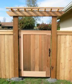 Fabulous Wooden Fence Design Ideas For Home - Wooden fences are very popular. A lot of people ha Wooden Garden Gate, Wooden Gates, Wooden Fences, Backyard Gates, Backyard Pergola, Good Neighbor Fence, Tor Design, Fence Gate Design, Verge