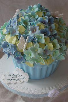 Baby blue giant hydrangea cupcake