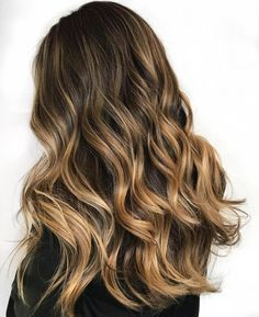 20 Honey Balayage Pictures That Really Inspire You to Try Highlights: Full-Head Honey Blonde Balayage Highlights; Blonde Balayage Highlights, Honey Balayage, Hair Color Highlights, Honey Highlights, Brown Balayage, Blonde Honey, Full Head Highlights, Caramel Blonde, Blond Ombre