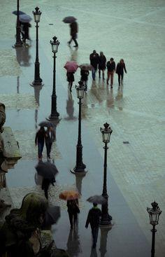 Paris in the rain--so lovely!!!!!!