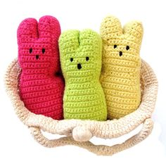 Crocheted marshmallow bunnies (Peeps!).... looking for a pattern to make them myself...