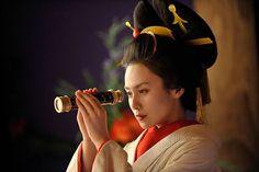 """Japanese Actress, Miki Nakatani (中谷美紀)  pic from Japanese hit drama; JINー仁ー  she played Oiran """"Nokaze"""" (花魁 """"野風"""")"""