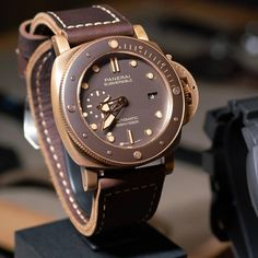 This is the Submersible Bronzo. Panerai Watches, Rolex Watches For Men, Cool Watches, Richard Mille, Panerai Luminor Submersible, Mens Fashion Wear, Beautiful Watches, Wristwatches, Accessories