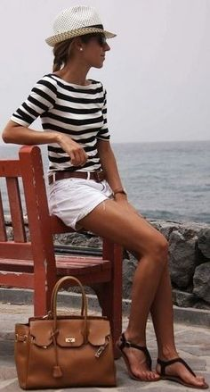 16 Trendy how to wear casual shorts street styles Mode Outfits, Short Outfits, Fashion Outfits, Womens Fashion, Spring Summer Fashion, Spring Outfits, Outfit Summer, Outfit Beach, Classy Outfits