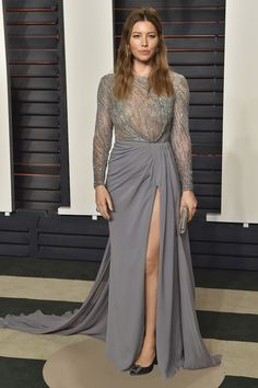 Pin for Later: Don't Miss 1 Single Look From the Oscars Afterparties Jessica Biel Wearing a Zuhair Murad dress and Roger Vivier clutch at Vanity Fair's Oscars party. Jessica Biel, Jennifer Lawrence, Jennifer Garner, The Dress, Gray Dress, Gray Gown, Celebrity Red Carpet, Celebrity Style, Celebrity Crush