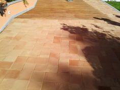 Stuccatura e trattamento pavimento esterno. Cantiere Olgiata - Roma