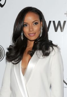 Selita Ebanks' soft romantic curls #blackhairstyle #blackhaircare