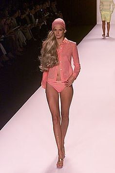 Michael Kors Collection Spring 2000 Ready-to-Wear Fashion Show - Carmen Kass, Michael Kors Carmen Kass, Michael Kors Collection, Ready To Wear, Fashion Show, Dressing, Spring, How To Wear, Beauty, Fashion Designers