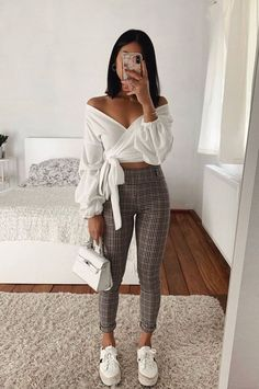 You are in the right place about sporty outfits Here we offer you the most beautiful pictures about Casual Sporty Outfits, Trendy Fall Outfits, Winter Fashion Outfits, Girly Outfits, Simple Outfits, Classy Outfits, Pretty Outfits, Stylish Outfits, Spring Outfits
