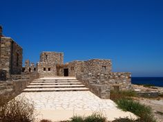 Paros Stonehouse   G&A EVRIPIOTIS   Archinect Paros, Desert Homes, Brick And Stone, Monument Valley, Mansions, Architecture, Bricks, House Styles, Building