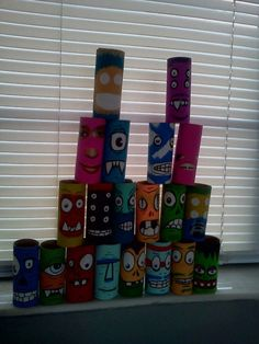 re-purposed art Art Education Lessons, Recycle Art, Bowling, Repurposed, Clever, Crafts For Kids, Recycling, Earth, Crafty