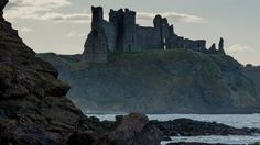 Tantallon Castle » by G. Garden