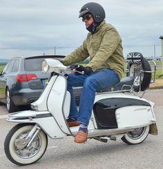 Lambretta Scooter (Charles Dawson) Tags: motorcycle lambretta scooter