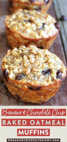 Banana and Chocolate Chip Baked Oatmeal Cups - Easy Family Recipes Food Baked Oatmeal Muffins, Baked Oatmeal Recipes, Chocolate Chip Muffins, Chocolate Chip Oatmeal, Baked Banana, Chocolate Cups, Baked Oats, The Oatmeal, Breakfast Cups