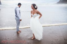 beach wedding, outdoor wedding, bride and groom photos, bride and groom ideas, summer wedding, oregon coast wedding, oregon wedding photographer, wedding photography, photographer, pacific city,
