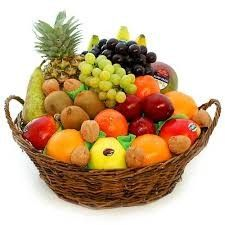 Spel fruitmand spelen Fruit Salad, Kiwi, Fresh, Food, Graphic Art, Fruit, Food Food, Fruit Salads, Essen