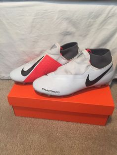 48a3f22133 Mens Nike Phantom VSN Academy DF FG MG Cleats Size 9  fashion  clothing