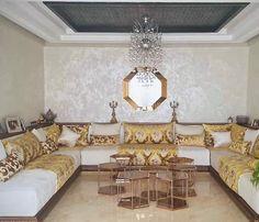 Eclectic Living Room, Living Room Modern, Living Room Designs, Morrocan Decor, Design Salon, Beautiful Home Designs, Living Room Remodel, Interior Design, House Styles