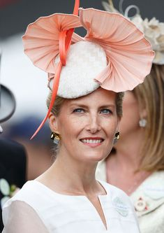 ASCOT, UNITED KINGDOM - JUNE 16: (EMBARGOED FOR PUBLICATION IN UK NEWSPAPERS UNTIL 48 HOURS AFTER CREATE DATE AND TIME) Sophie, Countess of Wessex attends day 3 'Ladies Day' of Royal Ascot at Ascot Racecourse on June 16, 2016 in Ascot, England. (Photo by Max Mumby/Indigo/Getty Images)