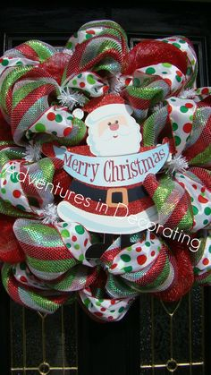 Christmas Mesh Wreath.  Lots of great ideas for mesh wreaths.