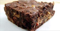 Sem trigo, sem açúcar e sem leite - delicioso brownie de abacate, coco e batata-doce! | Cura pela Natureza