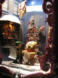 Hamleys - Ispira.Blog. Cutouts around window