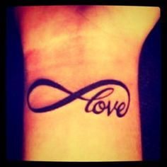 All I want fot christmas..... Is this tattoo!!!