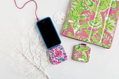 This backup mobile battery charger by Lilly Pulitzer is such a smart gift idea!   Whenever your phone's battery is running low, this cute printed charger is there to save the day!