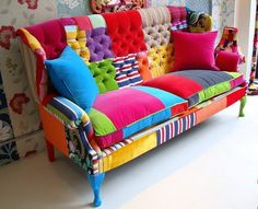 ✯ Cool sofa ✯ Want this in my craft room!