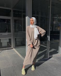 Modest Fashion Hijab, Modern Hijab Fashion, Muslim Women Fashion, Street Hijab Fashion, Modesty Fashion, Hijab Fashion Inspiration, Abaya Fashion, Look Fashion, Niqab