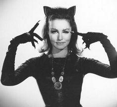 Catwoman Cosplay, Cosplay Gatúbela, Catwoman Mask, Catwoman Comic, Casual Cosplay, Cosplay Ideas, Cosplay Costumes, Julie Newmar, Camren Bicondova