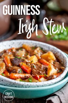 Authentic recipe for Irish stew with Guinness. Food Network Recipes, Real Food Recipes, Traditional Irish Stew, Irish Lamb Stew, Lamb Gyros, Cooking With Beer, Dinner Themes, Irish Recipes, Bison